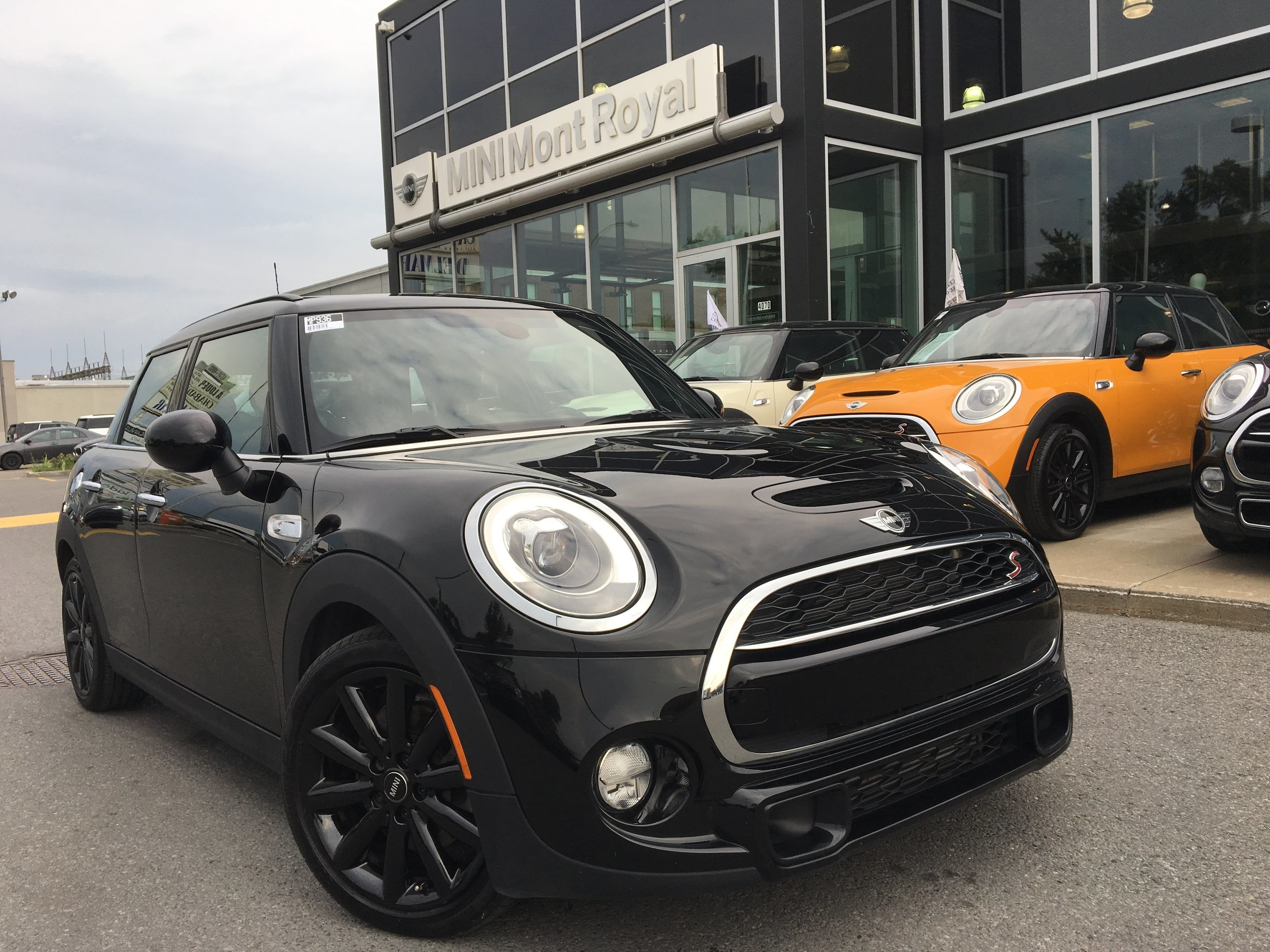 2017 MINI 5 Door Cooper S + DEL + NAV + **+ DE 7 000$ EN OPTIONS** Hatchback