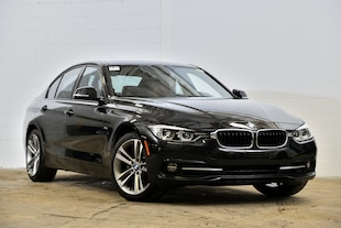 2016 BMW 328i xDrive-159.89$ /2 sem. 0$ comptant**- Berline