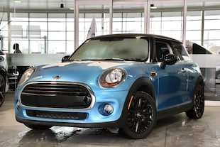 2016 MINI 3 Door Cooper + AUTOMATIQUE + TOIT PANO + PROMO 2.99% À hayon
