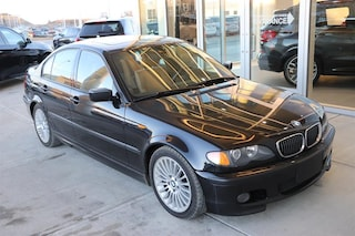 2003 BMW 330i Leather / M Sport Sedan
