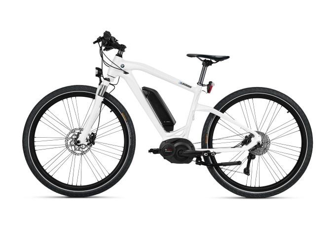 976115fe162 The BMW Cruise e-Bike is a 27 speed. dynamic ...