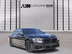 2022 BMW 740i Sedan