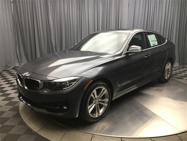 2018 BMW 330i xDrive Hatchback