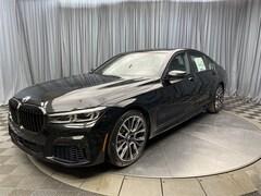 2021 BMW 740i xDrive Sedan