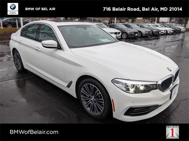 2017 BMW 5 Series 530i xDrive Sedan Car