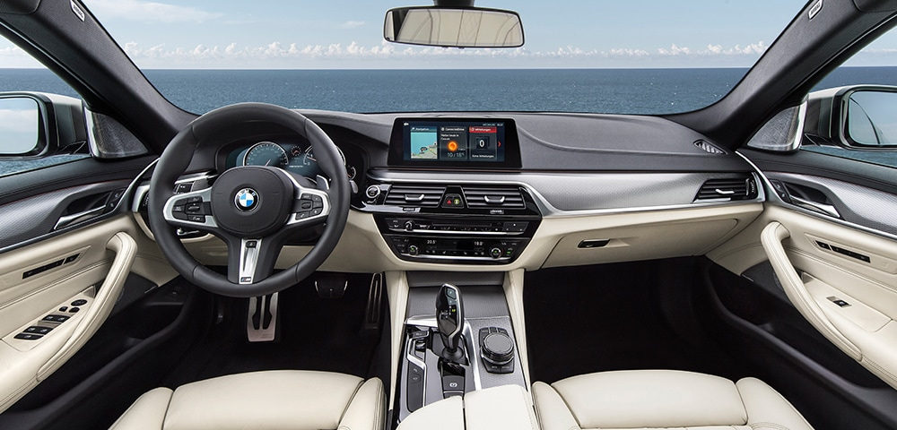 Interior dashboard of a 2018 BMW M550i xDrive