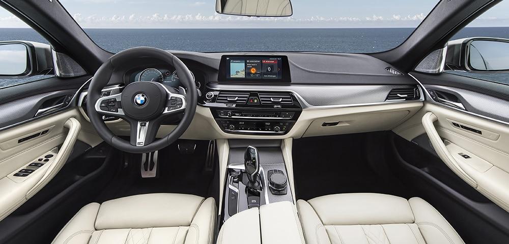 2018 BMW 5 Series ...