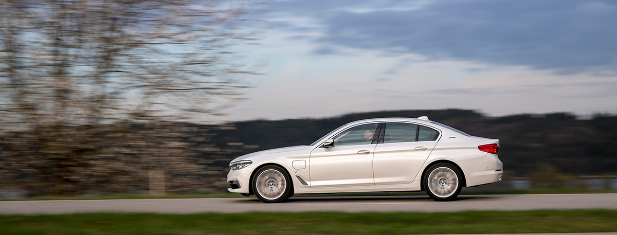 Current BMW owners or lessees in Roseville now qualify for extensive savings! You already know the thrill of getting behind the wheel of a brand-new BMW.