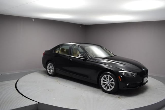 2018 BMW 320i xDrive Car