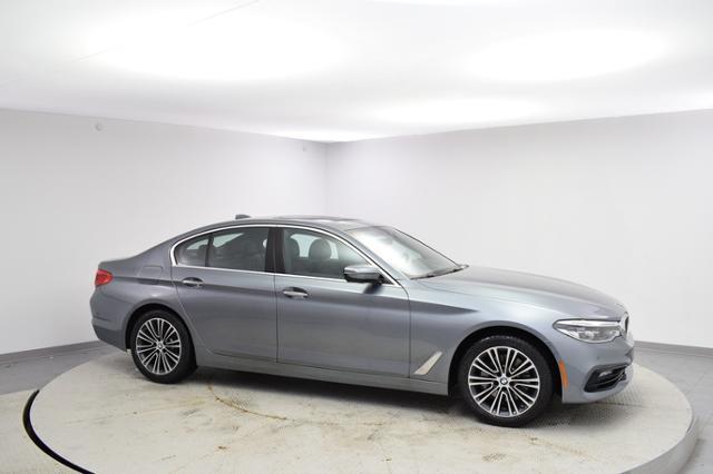 2017 BMW 540i Car