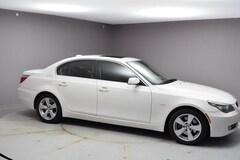 2008 BMW 528xi Car