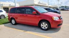 Pre-Owned 2013 Dodge Grand Caravan SXT Mini-van, Passenger Des Moines