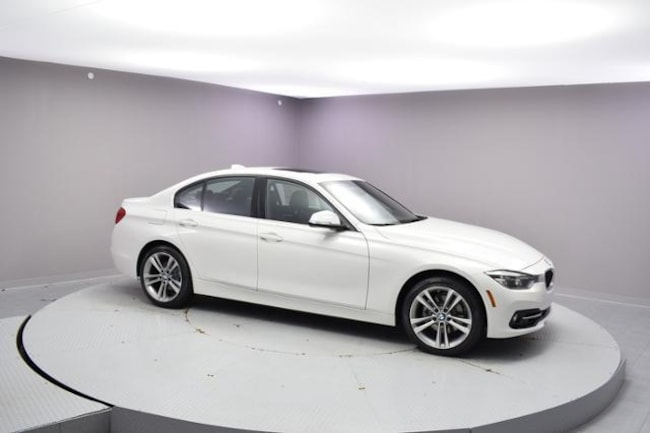 New 2018 BMW 330i xDrive Car Urbandale, IA