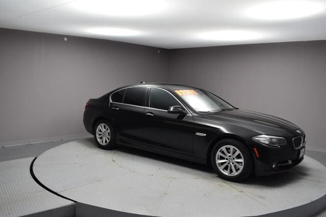 2016 BMW 528i Car