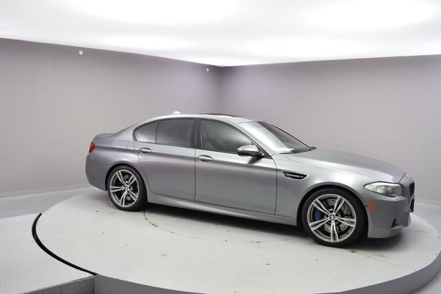 2013 BMW M5 (DCT) Car