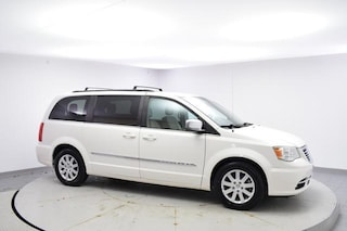 Pre-Owned 2012 Chrysler Town & Country Touring-L Mini-van, Passenger Urbandale, IA
