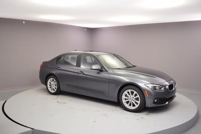 New 2018 BMW 320i xDrive Car Urbandale, IA