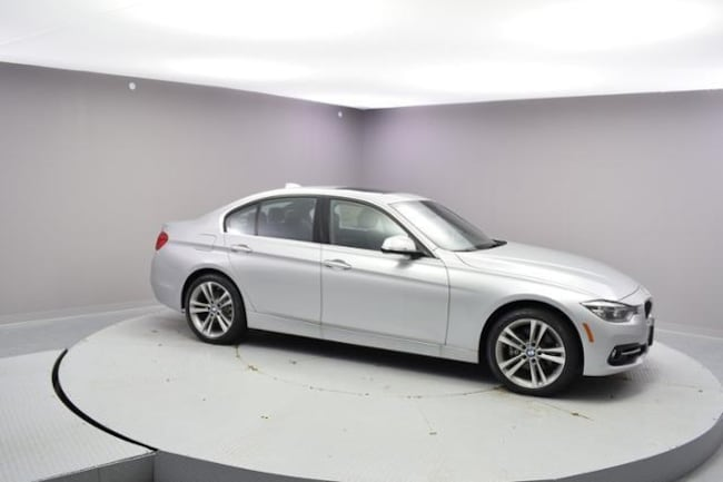 New 2018 BMW 330i xDrive Sedan Urbandale, IA