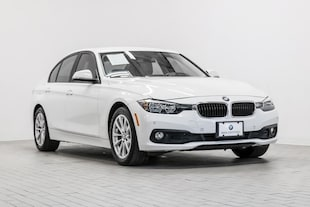 2017 BMW 320i Sedan WBA8E1G53HNU15143