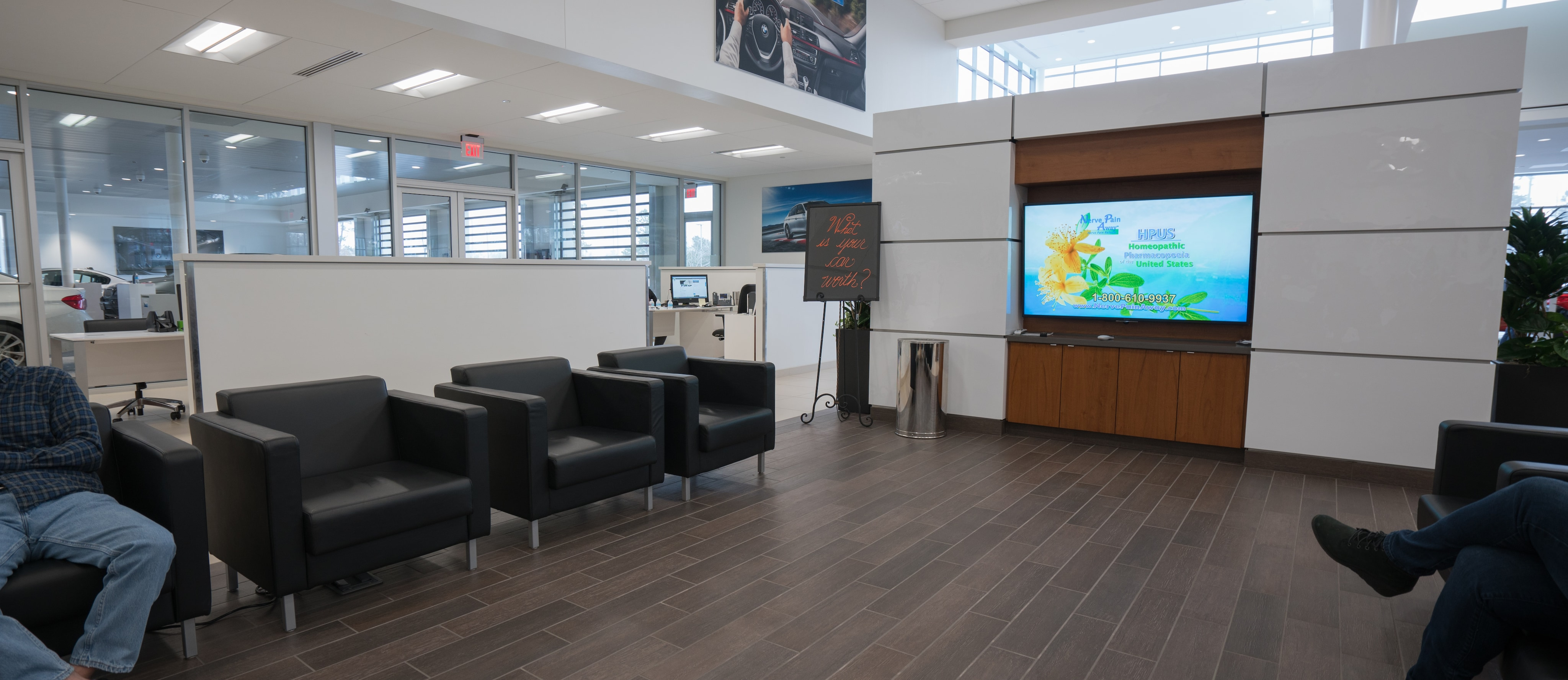 Bmw Finance Center At Bmw Of Houston North In The Woodlands