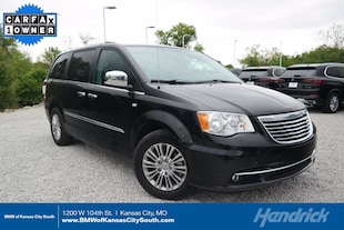 2014 Chrysler Town & Country Touring-L 30th Anniversary Minivan