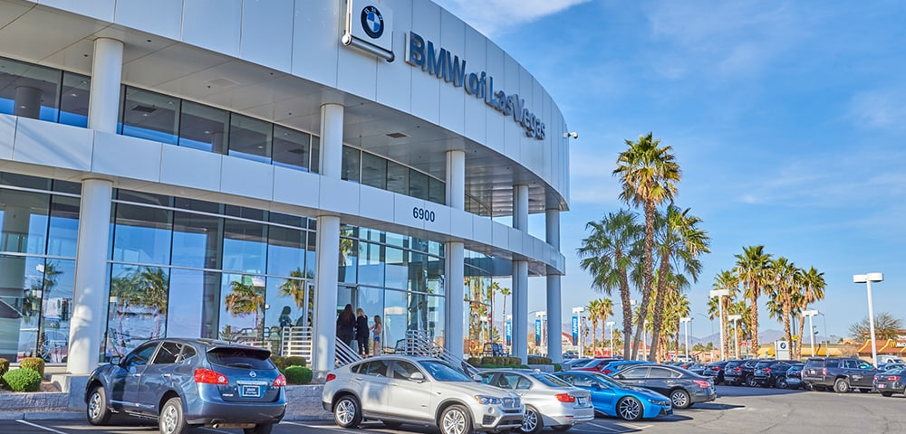 Exterior view of BMW of Las Vegas serving Spring Valley