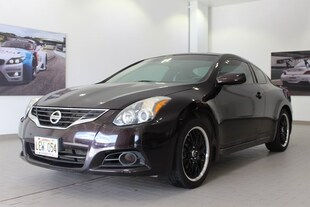 2012 Nissan Altima 2.5 S (M6) Coupe