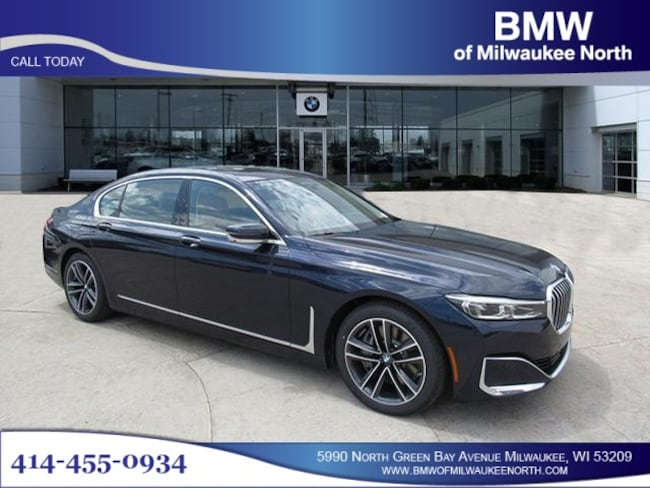 New luxury vehicles 2020 BMW 750i xDrive Sedan for sale near you in Milwaukee, WI