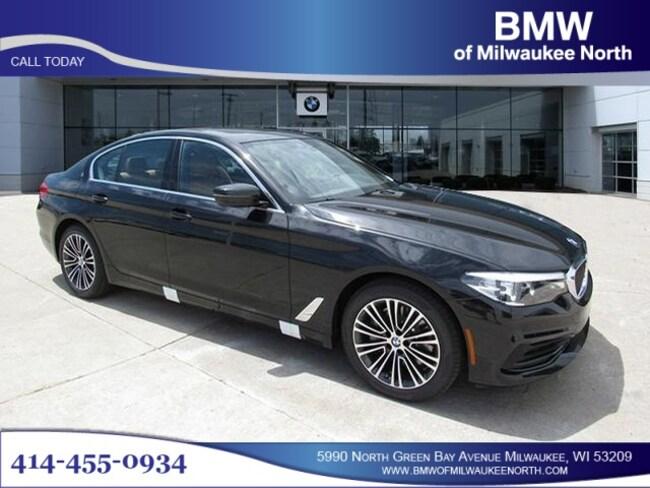 New luxury vehicles 2019 BMW 530i xDrive Sedan for sale near you in Milwaukee, WI