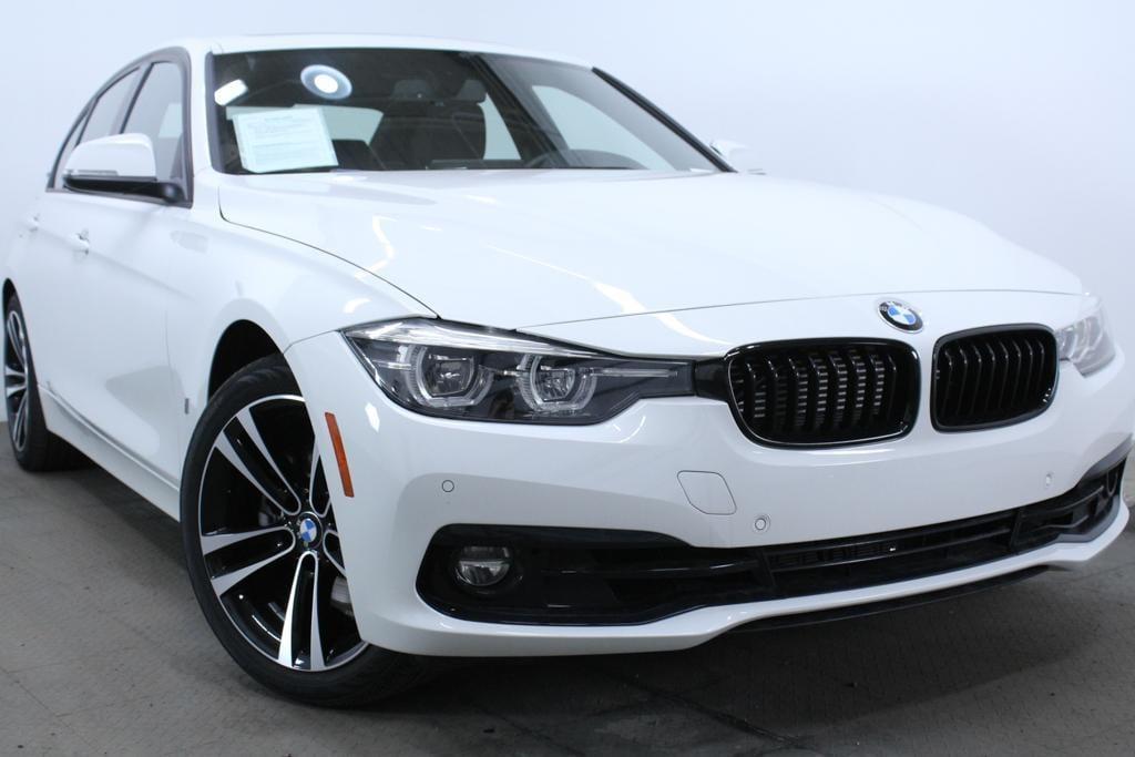 2018 BMW 330e iPerformance Plug-In Hybrid Sedan
