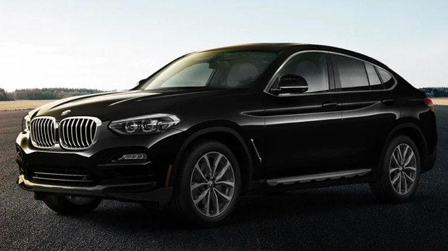 The 2019 BMW X4 features advanced safety features