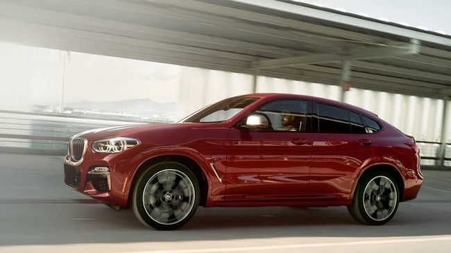 The high-performance 2019 BMW X4