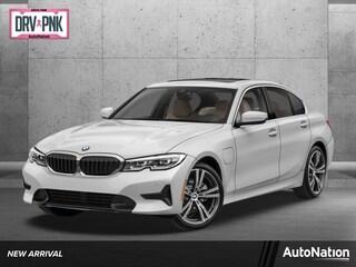 2022 BMW 330e Sedan