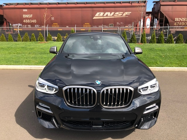 New 2019 BMW X4 M40i Sports Activity Coupe Black Sapphire