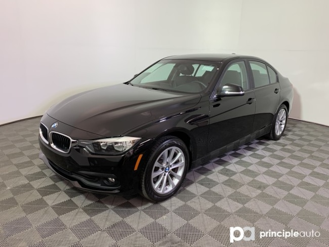 2017 BMW 320i 320i w/ Driving Assist/Navigation Sedan San Antonio