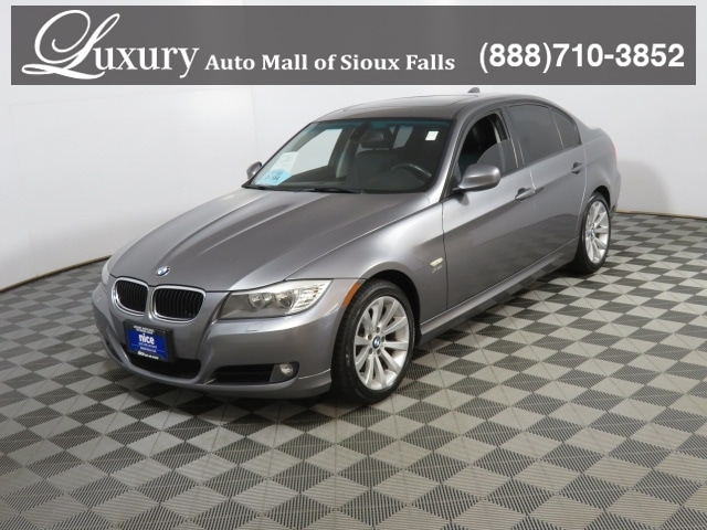 Used 2011 BMW 328i xDrive For Sale in Sioux Falls, SD | VIN#  WBAPK5C57BA655831