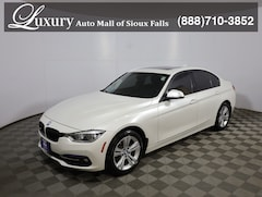 Pre-Owned 2016 BMW 328i xDrive Sedan WBA8E3G57GNT26055 for Sale in Sioux Falls