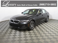 New 2020 BMW 330i xDrive Sedan 3MW5R7J0XL8B07907 for Sale in Sioux Falls, SD