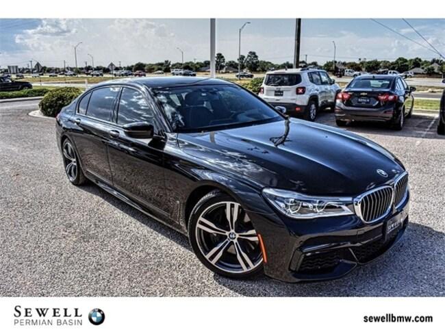 2016 BMW 7 Series 750i Sedan