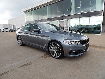 2017 BMW 5 Series 540i**HEADS UP DISPLAY NAVIGATION AND MUCH MORE!** Sedan