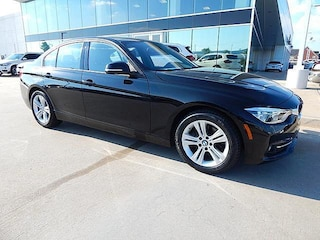 2016 BMW 3 Series 328i xDrive*SPORT LINE WITH NAVIGATION AND MORE!* Sedan