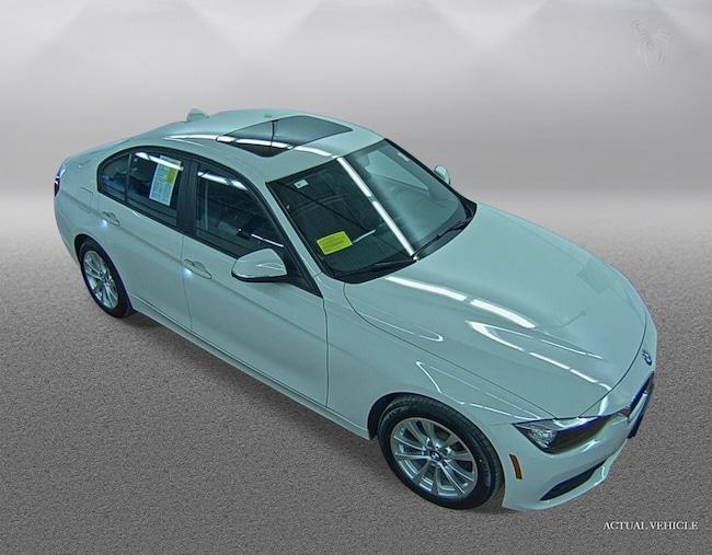 2017 BMW 320i 320i xDrive Sedan Car