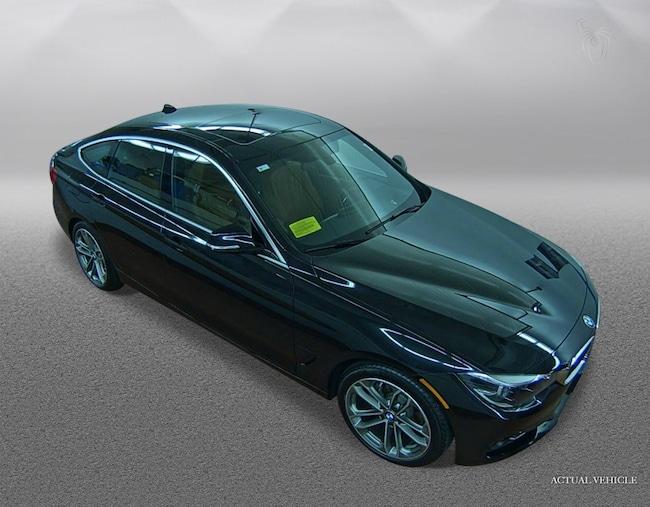 2017 BMW 330i 330i xDrive Gran Turismo Car
