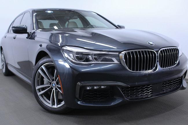 2016 BMW 750i Sedan Sedan