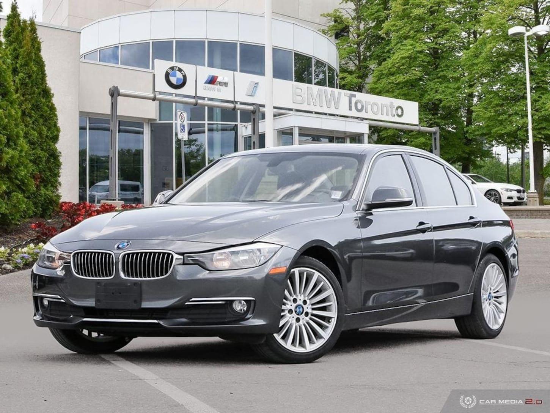 2015 BMW 320i xDrive Sedan W/ Nav! Parking Sensors! Leather! Sun Sedan