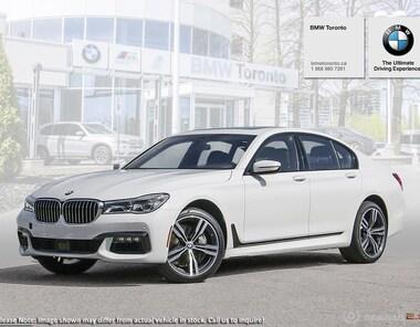 2019 BMW 750i DEMO