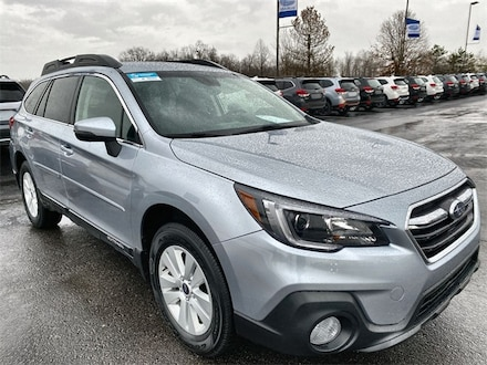 Featured Used 2019 Subaru Outback 2.5i Premium SUV 4S4BSAFC7K3327891 for Sale in Boardman, OH