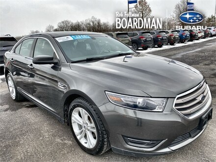 Featured Used 2017 Ford Taurus SEL Sedan 1FAHP2E8XHG110426 for Sale in Boardman, OH