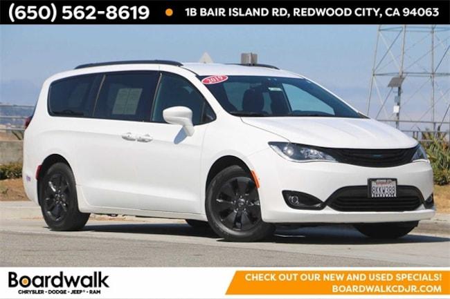 2019 Chrysler Pacifica Hybrid Touring Plus Minivan/Van