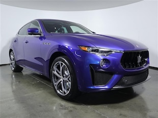 2019 Maserati Levante Trofeo V8 twin-turbo SUV